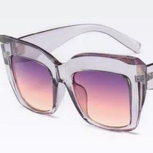 Square optical quality frames